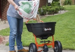 How To Set Spreader For Lawn Fertilizer